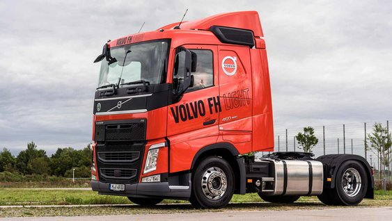 Volvo FH Light